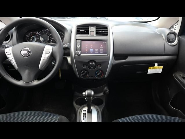 New 2019 Nissan Versa Note SV FWD Hatchback