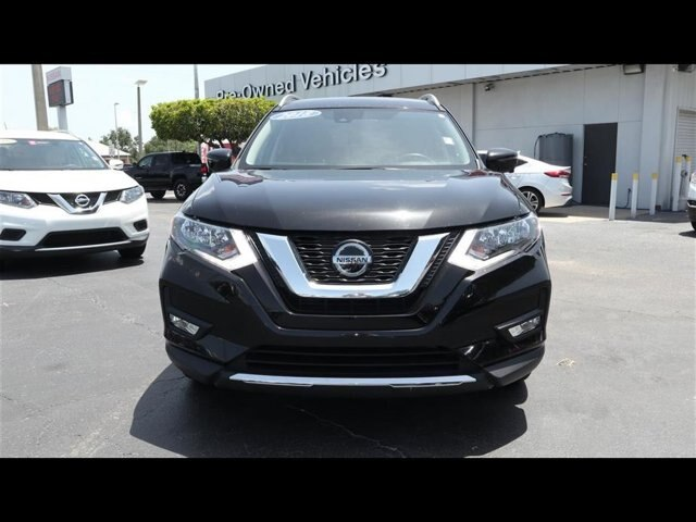Certified Pre-Owned 2018 Nissan Rogue SL FWD SUV