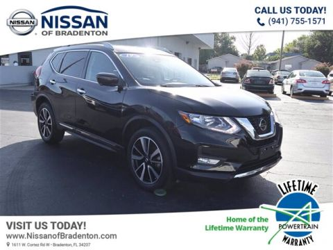 Certified Pre-Owned 2019 Nissan Rogue SL With Navigation & AWD