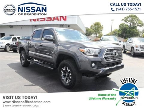 Pre-Owned 2017 Toyota Tacoma TRD Offroad With Navigation
